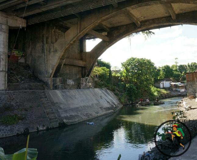 Dibawah Jembatan