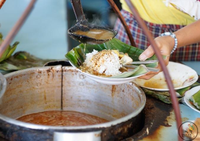 Penyajian Nasi Gandul